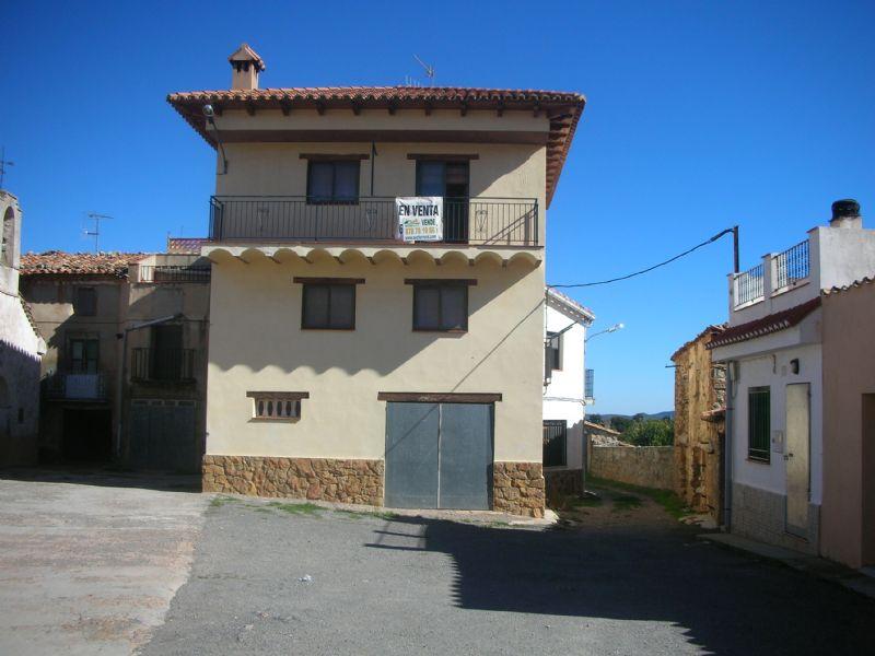 Casa de pueblo en Albentosa, Javalambre, venta