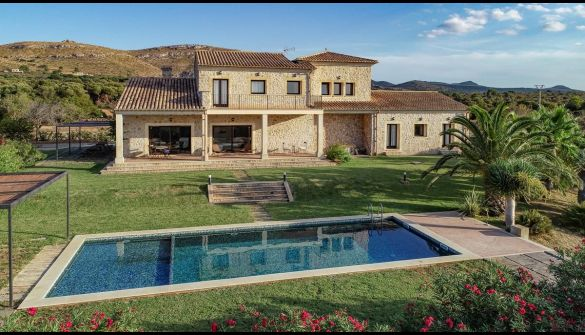 Countryside property in Colònia de Sant Pere, S'Estanyol, for sale