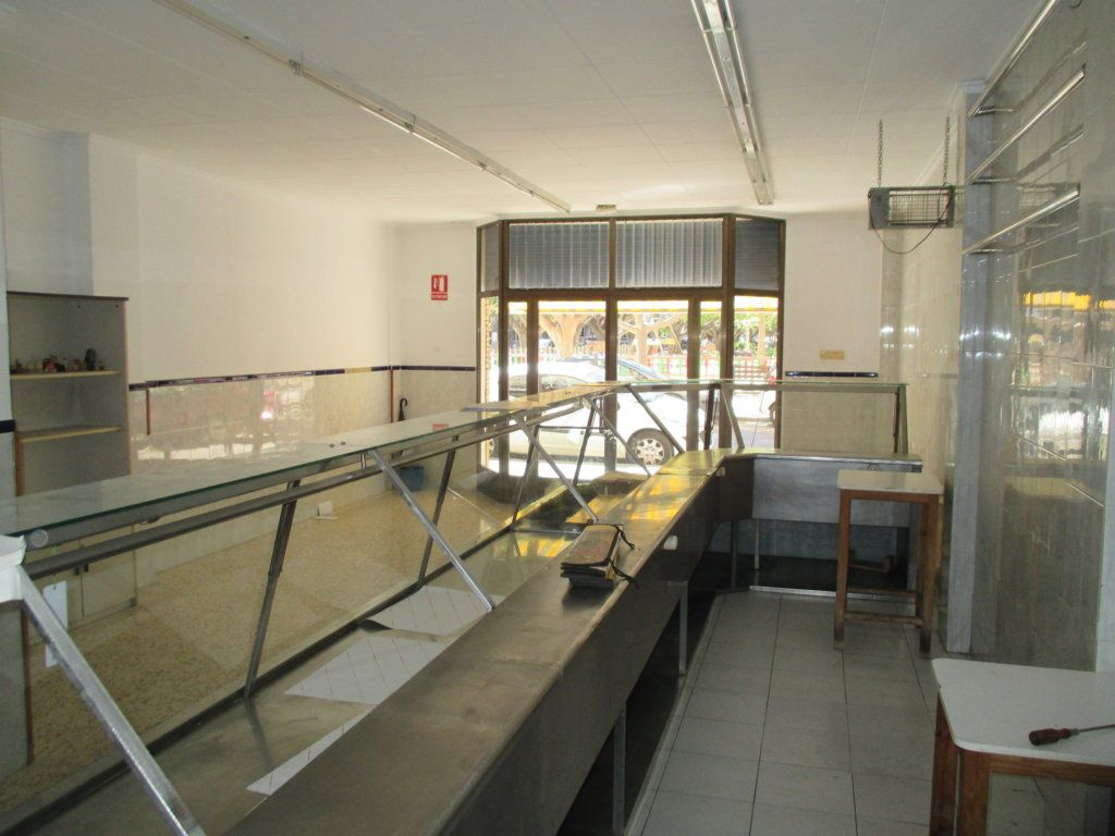 Local comercial en Valencia, 46018, alquiler