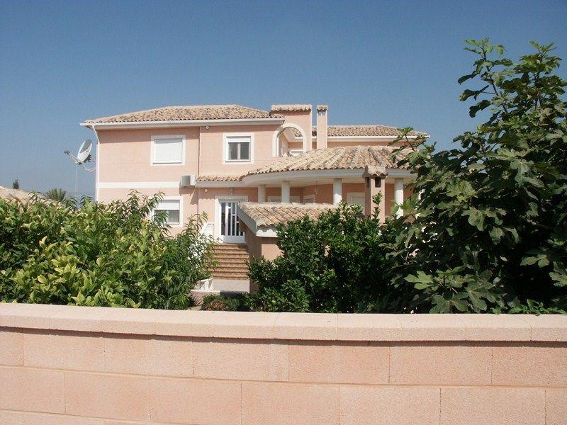 Villa in San Fulgencio, Urb. La Escuera-Marina-Oasis, for sale
