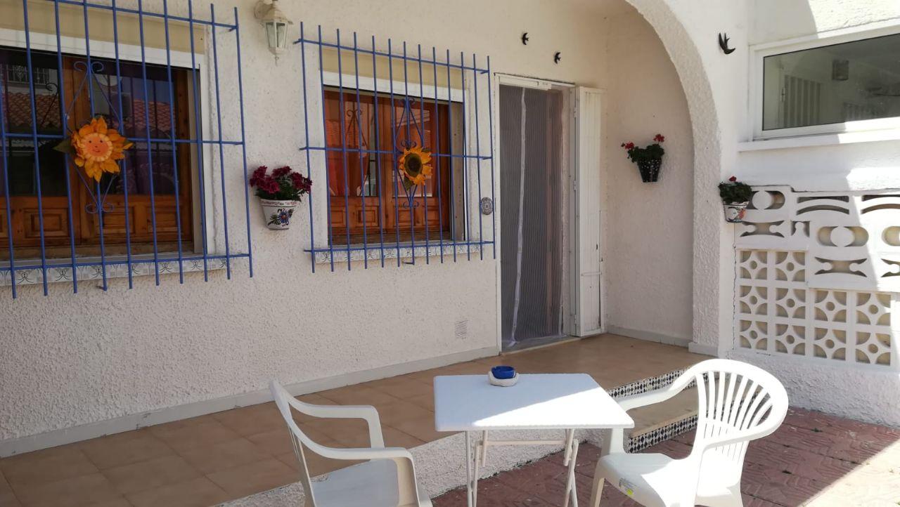 Bungalow in San Fulgencio, Urb. La Marina, for rent