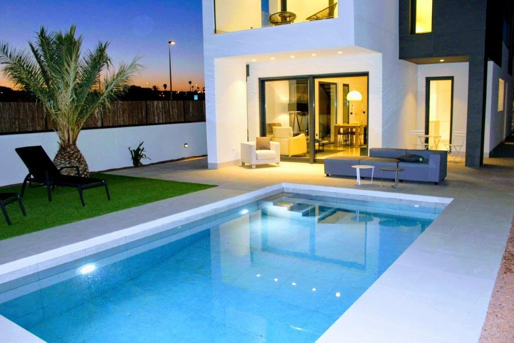Villa in La Marina, for sale
