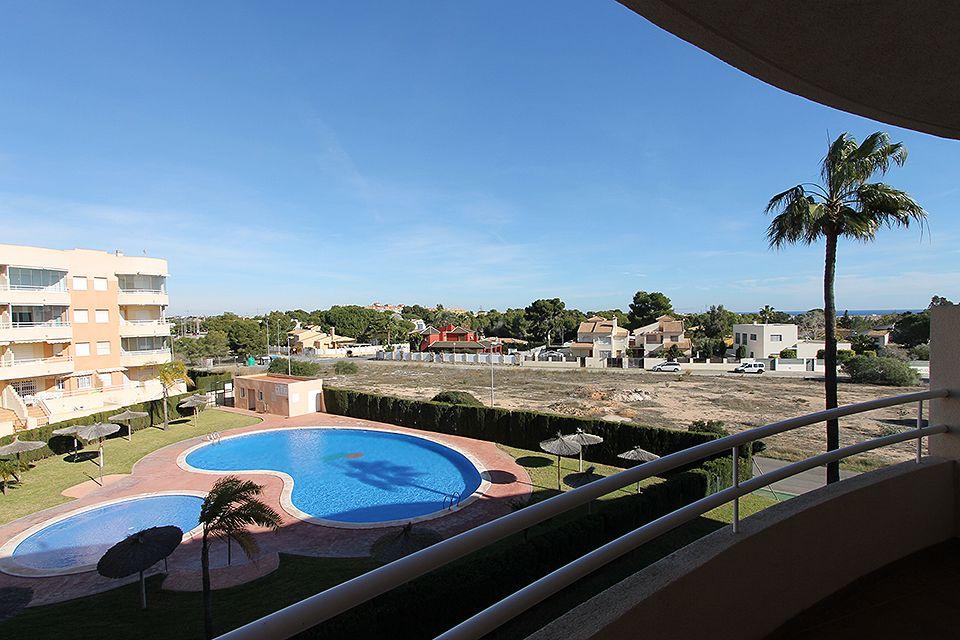 Apartamento en Dehesa de Campoamor, venta