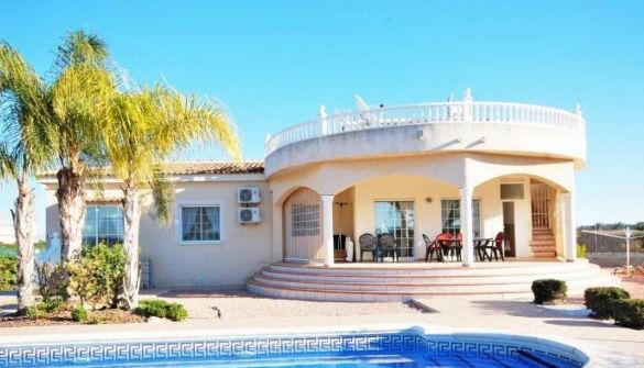 Villa in Elche, La Marina - PLAYAS, for sale