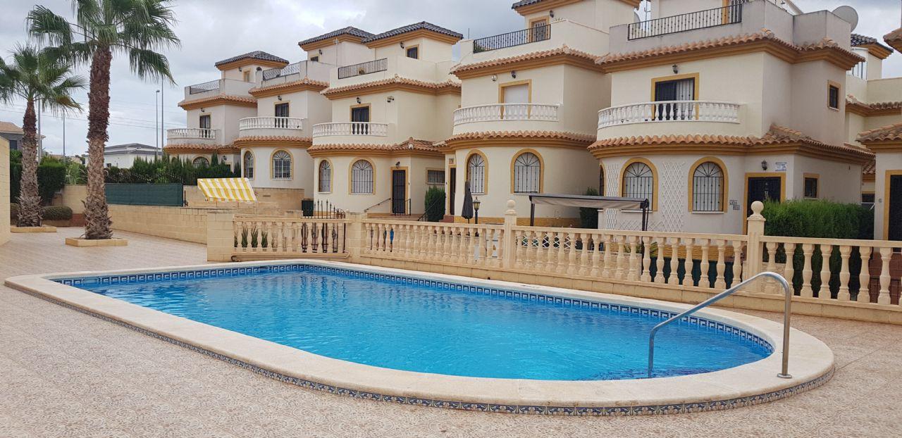 Apartment in San Fulgencio, La Marina Urbanization, for rent