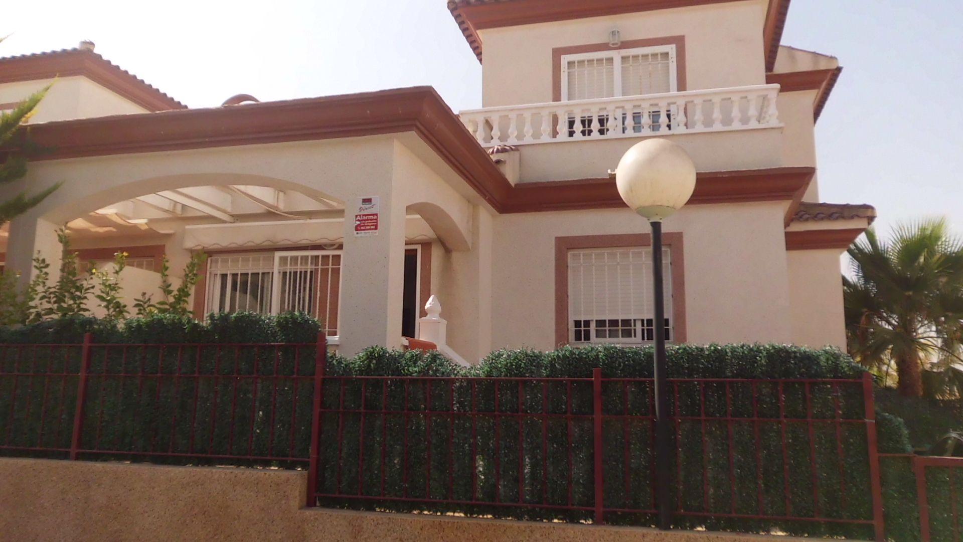 Terraced House in San Fulgencio, La Marina Urbanizacion, for rent