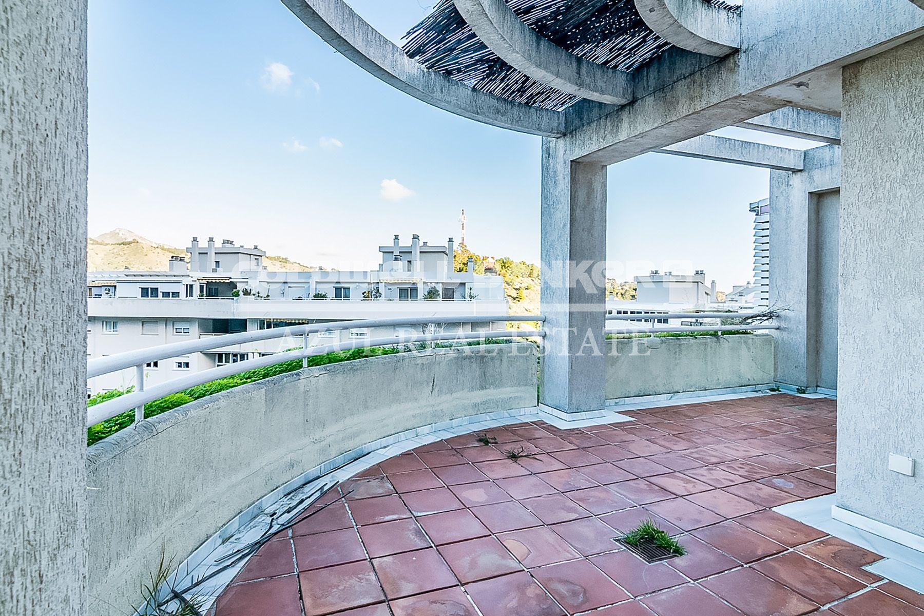 Venta ático En Málaga El Limonar Con Piscina