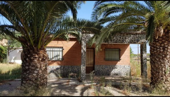Chalet en Villanueva De La Serena de 3 habitaciones