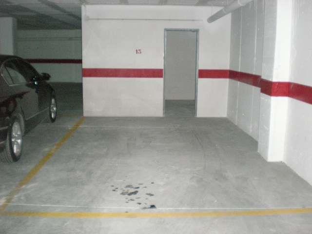 Garaje / Parking en Novelda, Zona Centro Novelda, alquiler