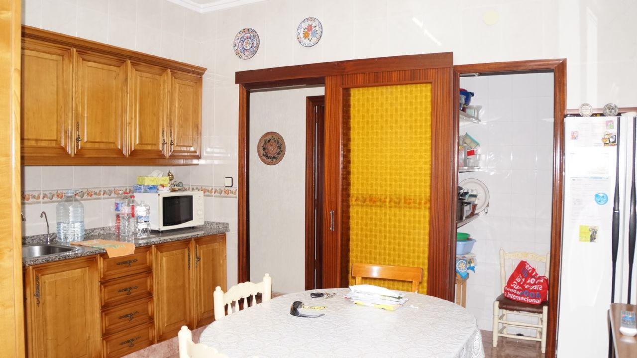 Casa / Chalet en Novelda, CERCA SALON PALACIOS, venta