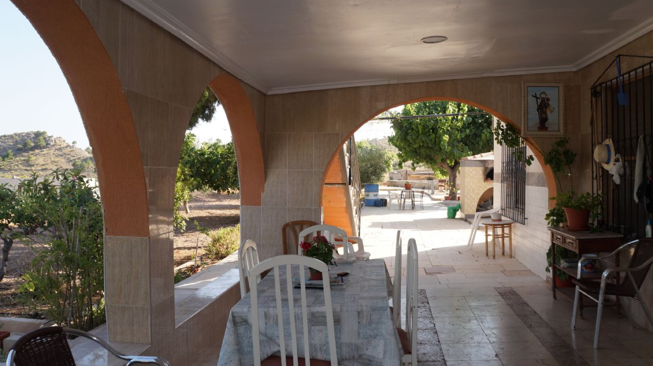 Casa / Chalet en Novelda, CARRETERA CASTILLO, venta