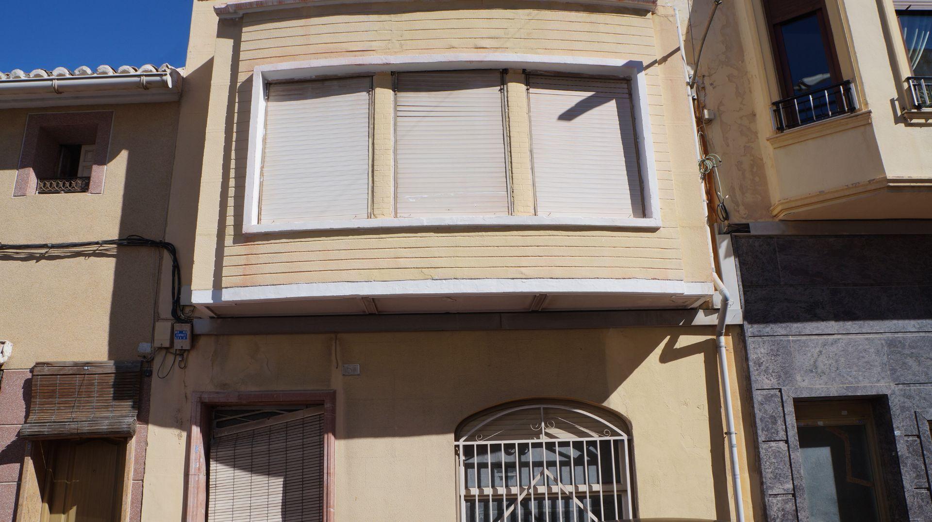 Casa / Chalet en Monforte del Cid, CERCA CENTRO CIUDAD, venta