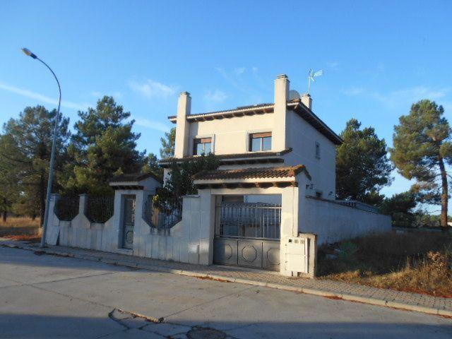 Casa / Chalet en Arévalo, CALLE TOMILLAR, venta