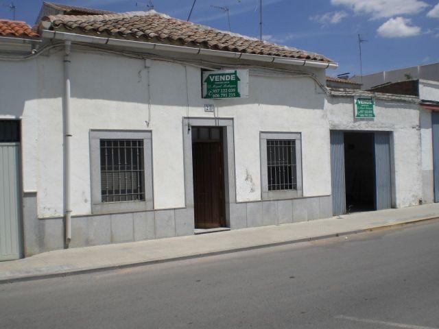 Casa de pueblo en Villanueva de Córdoba, venta