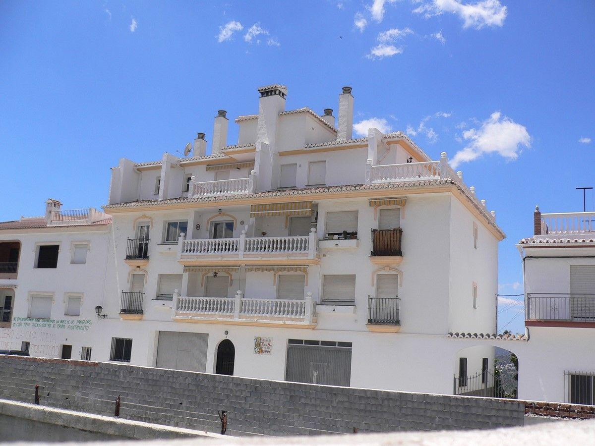 Casa de pueblo en Cómpeta, alquiler