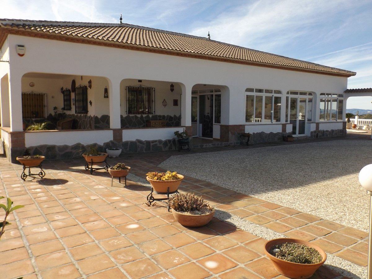 Casa de campo en Canillas de Albaida, venta
