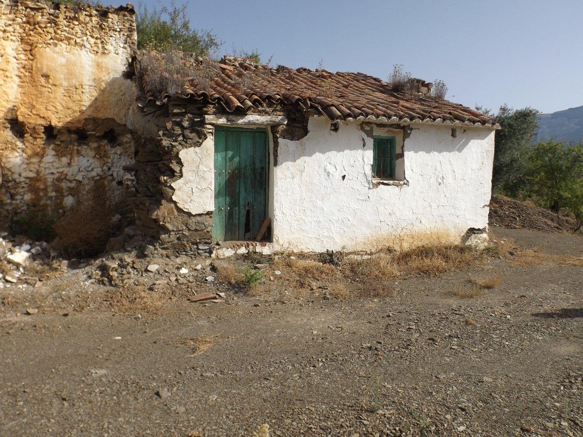 Casa de campo en Árchez, venta