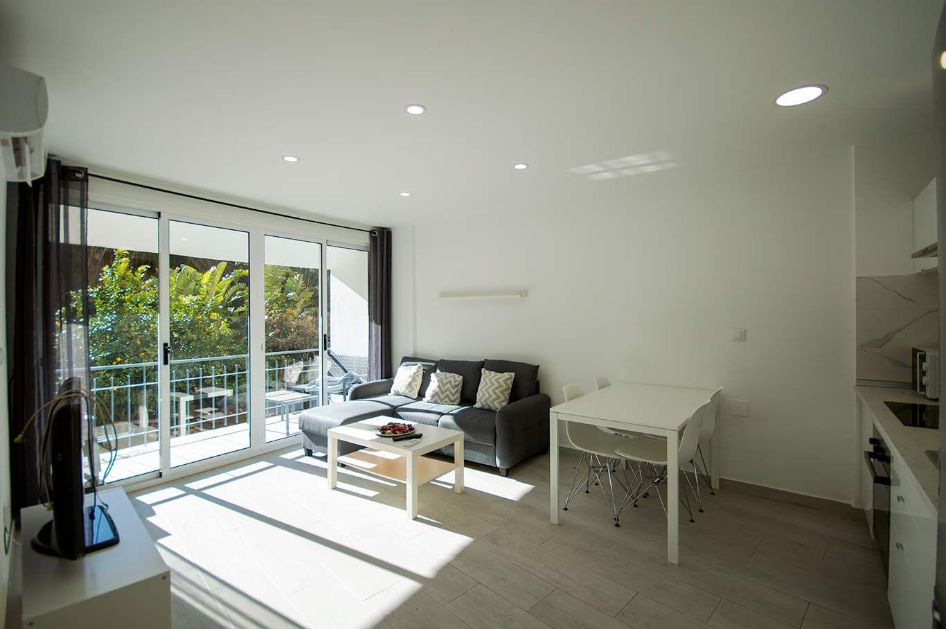 Apartamento en Fuengirola, Carvajal, alquiler