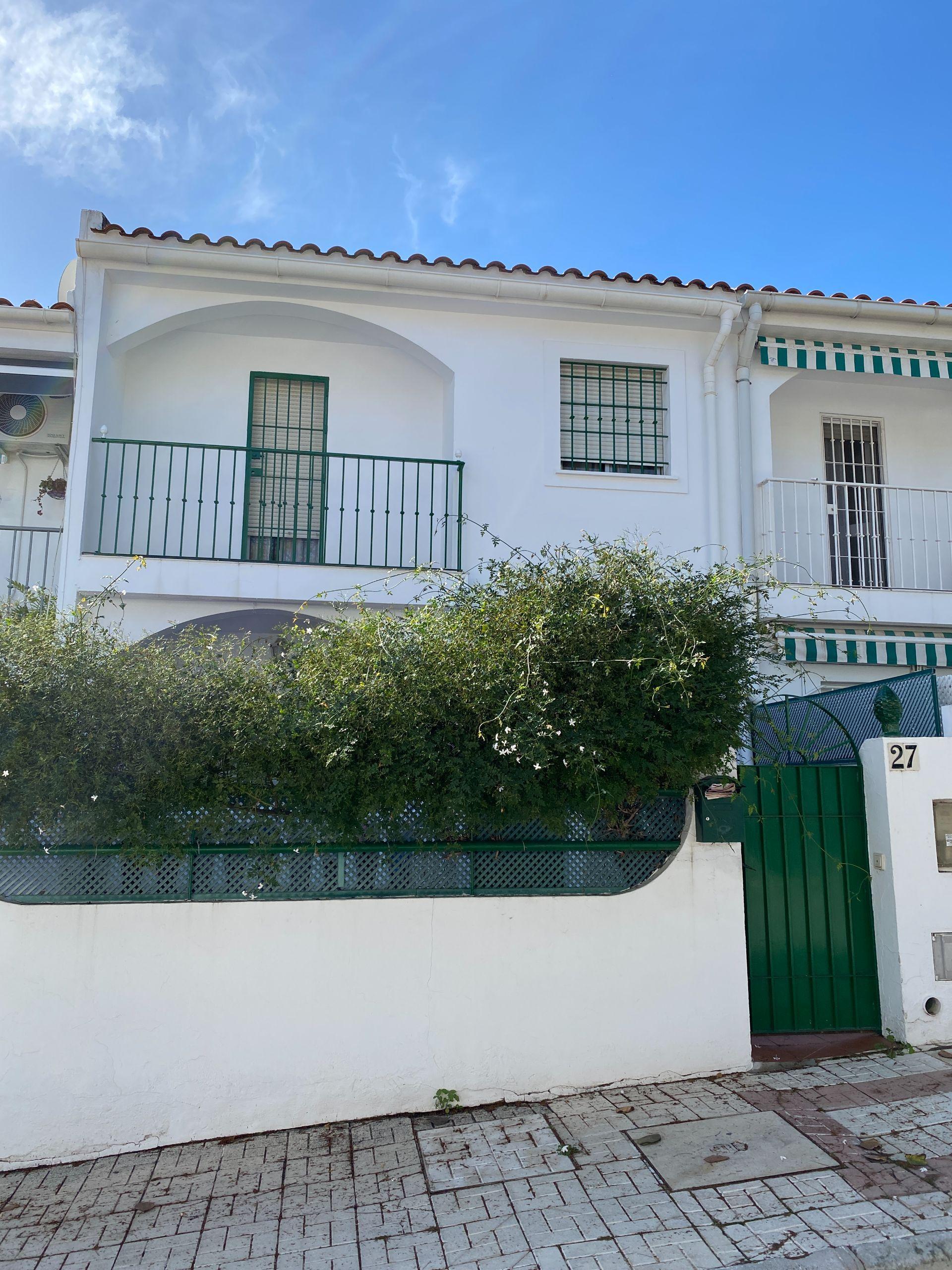 Casa adosada en Torremolinos, Playamar, alquiler
