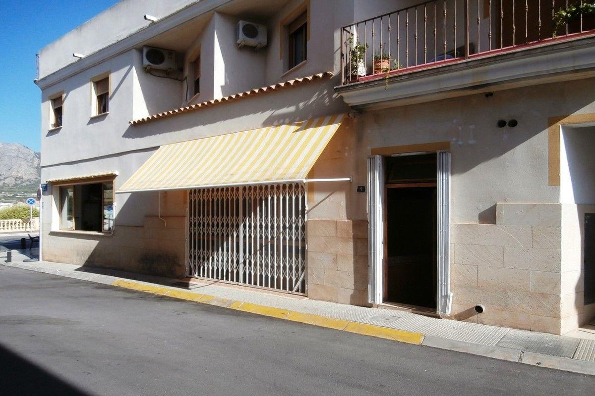 Local comercial en La Nucía, LA NUCÍA-CENTRO, venta