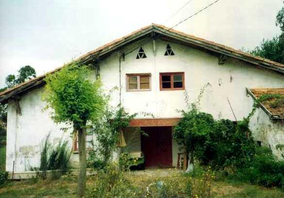Rustic Farms, Baserris