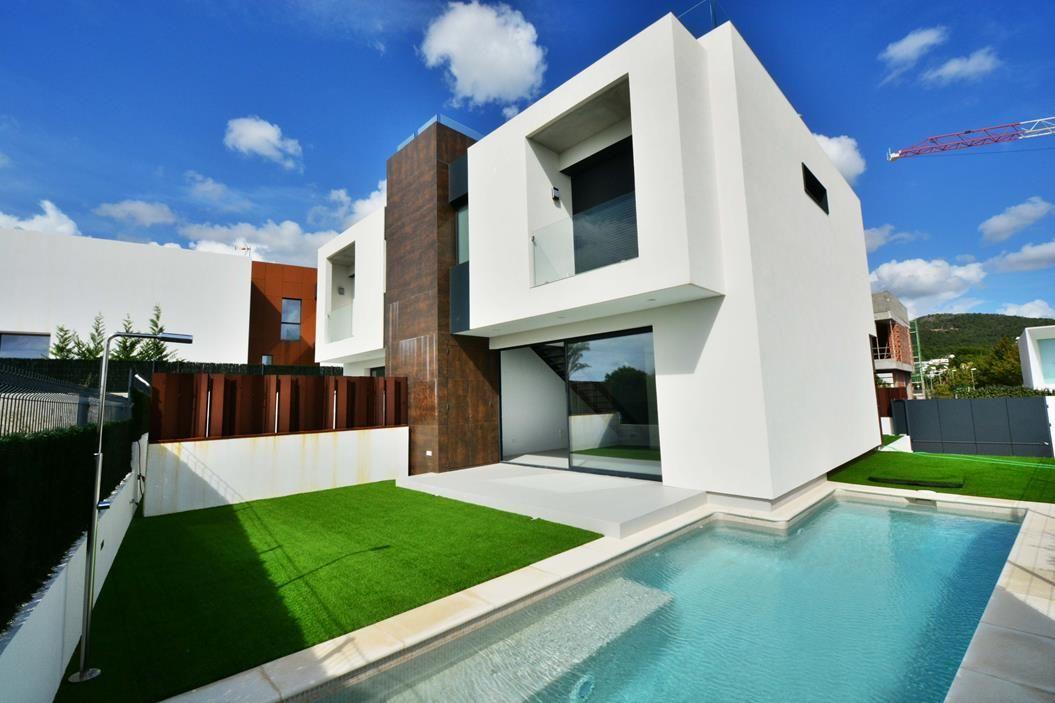 Casa adosada en Santa Eulalia del Río, venta