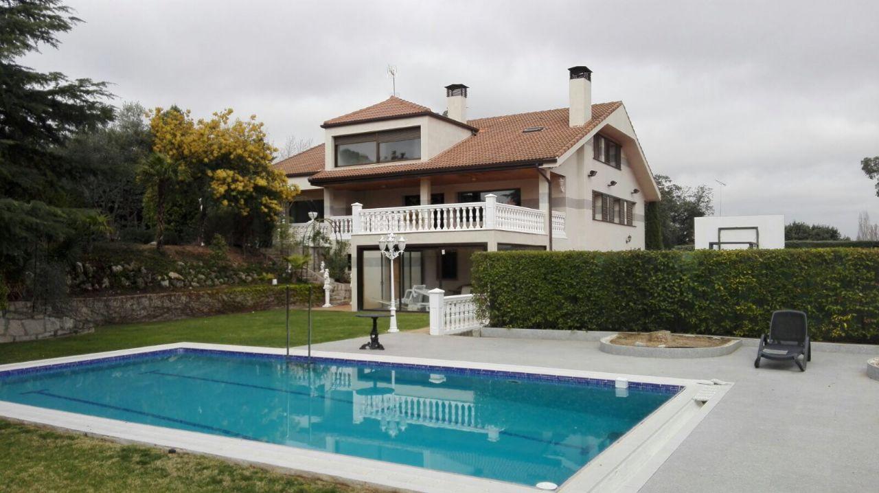 Casa / Chalet en Madrid, Ciudalcampo, alquiler
