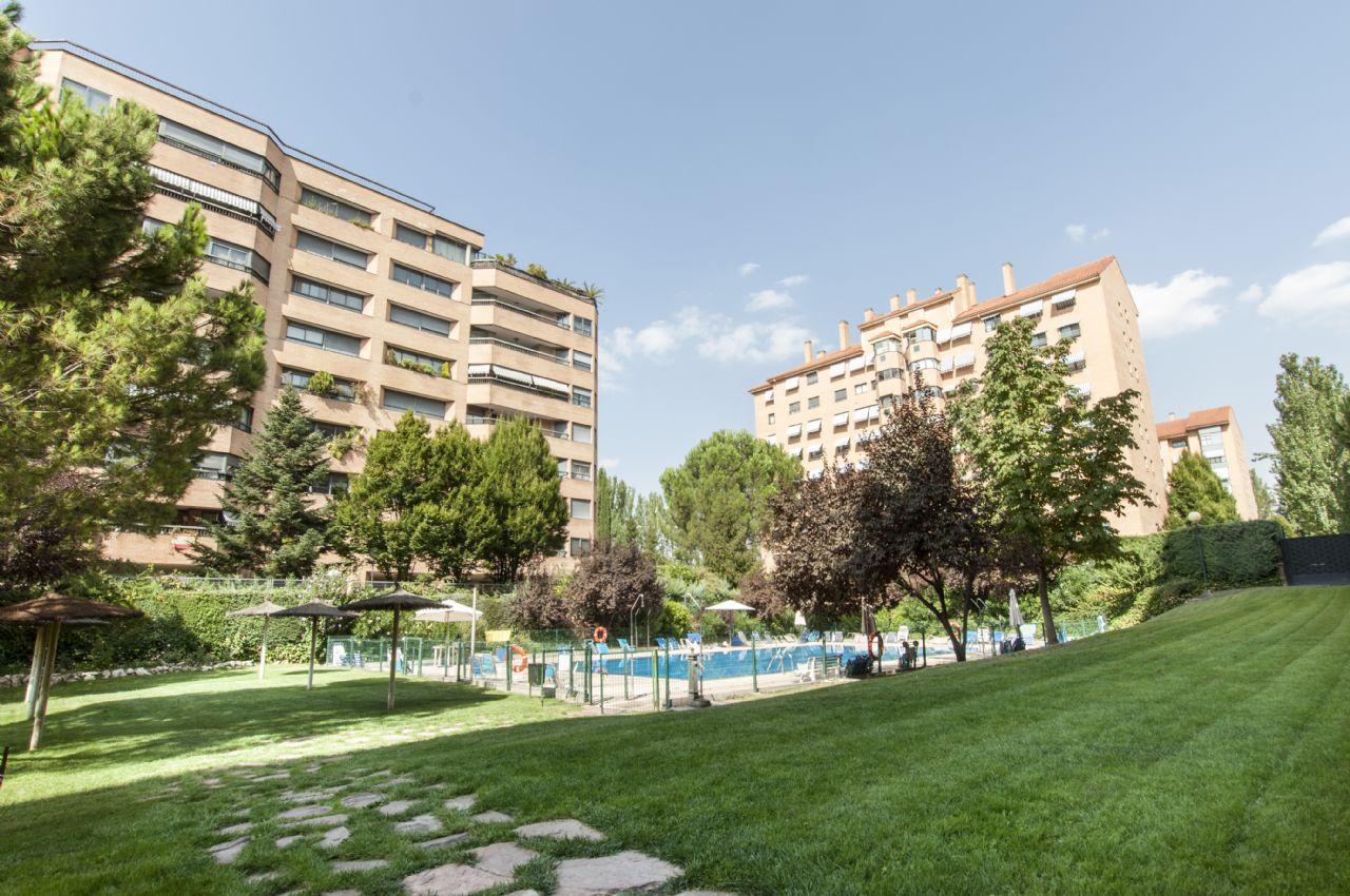 Piso en Madrid, Mirasierra, venta