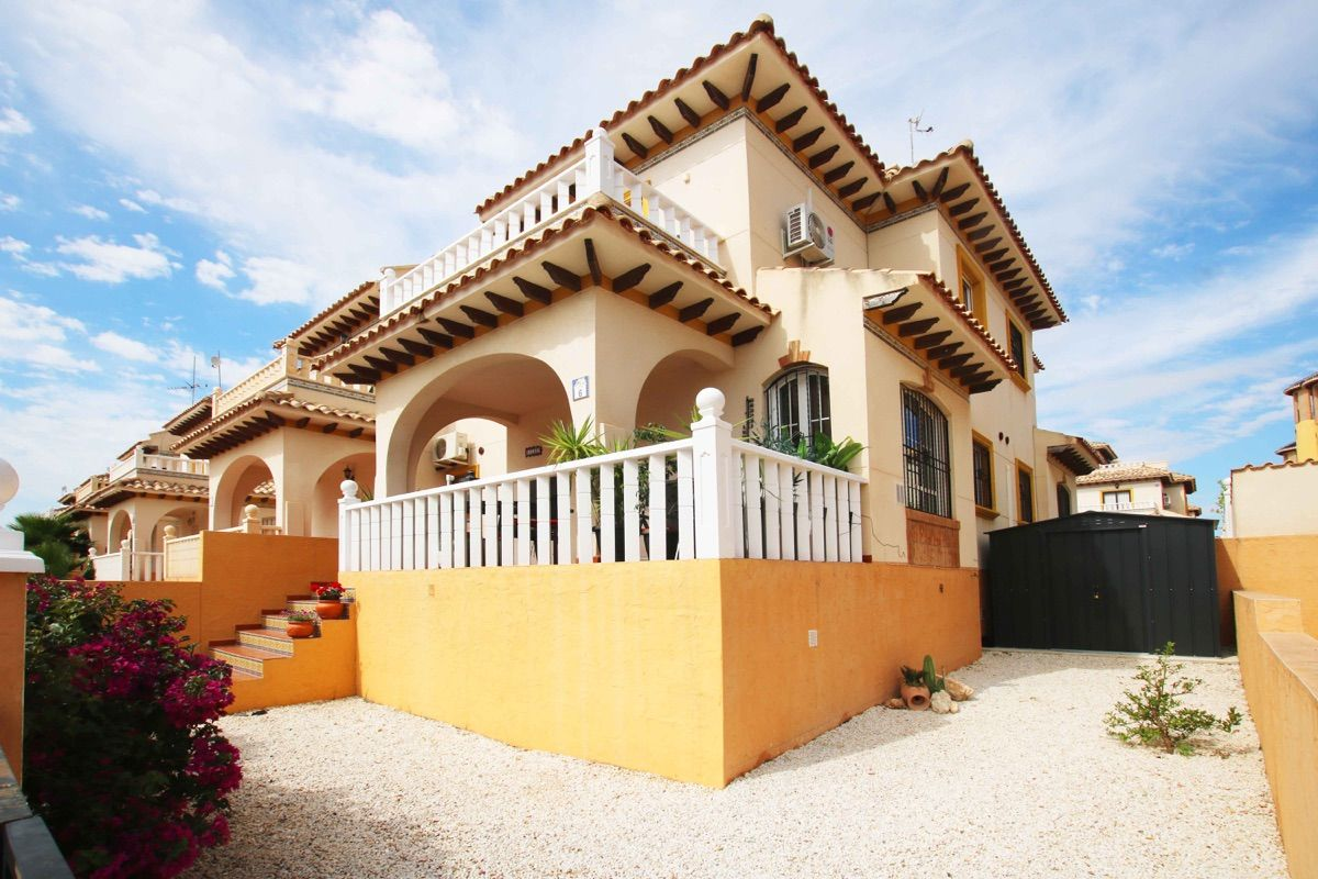 Terraced House in Cabo Roig, Lomas de Cabo Roig, for sale