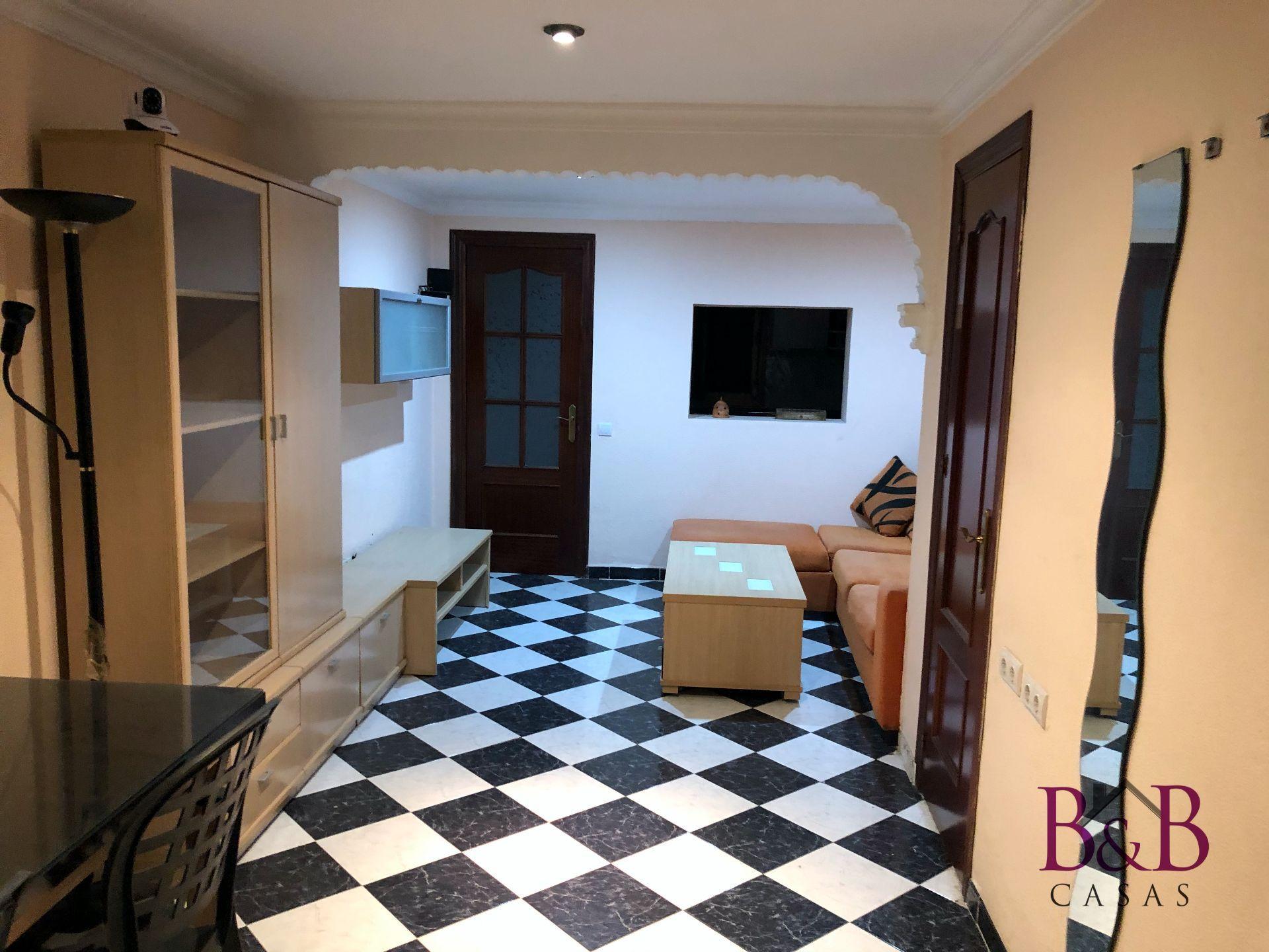 Casa adossada a Chiclana de la Frontera, EL PILAR, en venda