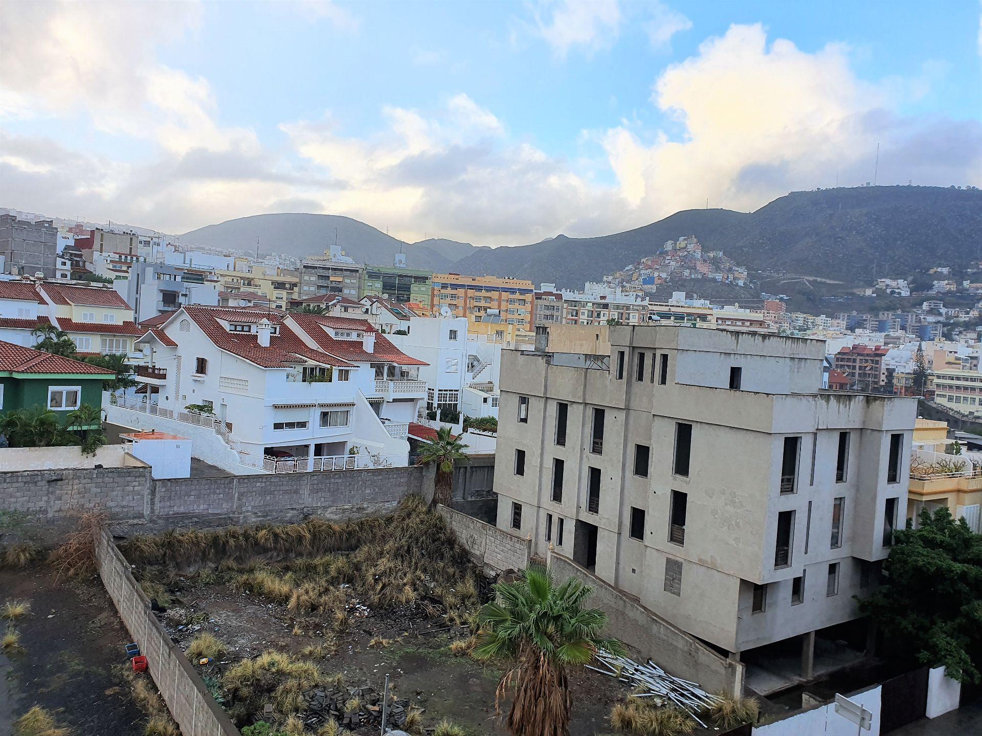 Piso en Santa Cruz de Tenerife, AVENIDA BÉLGICA, venta