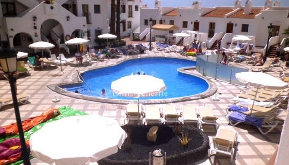Apartment in Los Cristianos, Beverly Hills, for sale
