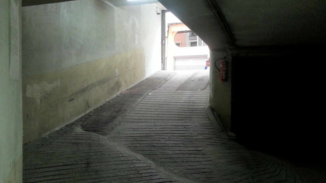Plaza de parking en alquiler en Cangas