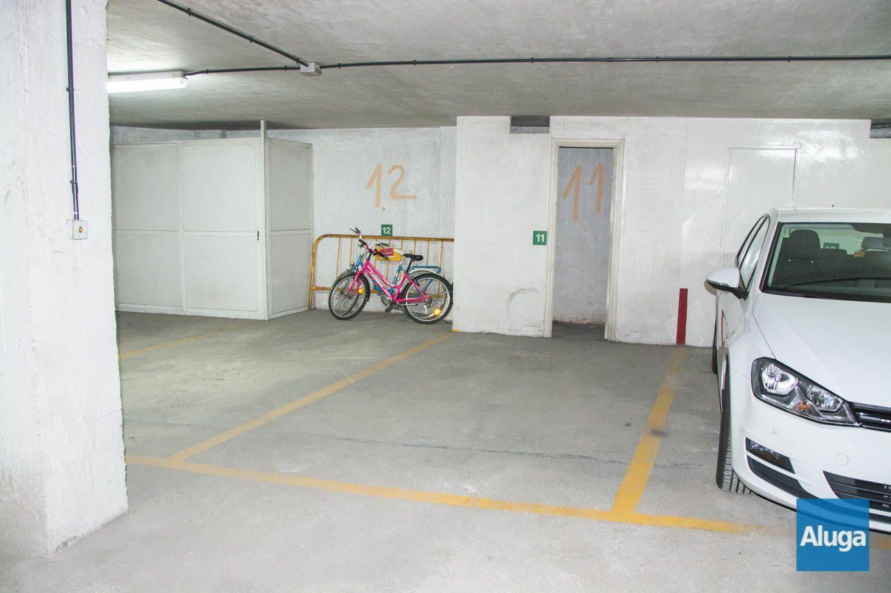 Garaje / Parking en Cangas de Morrazo, Rúa Baiona, alquiler