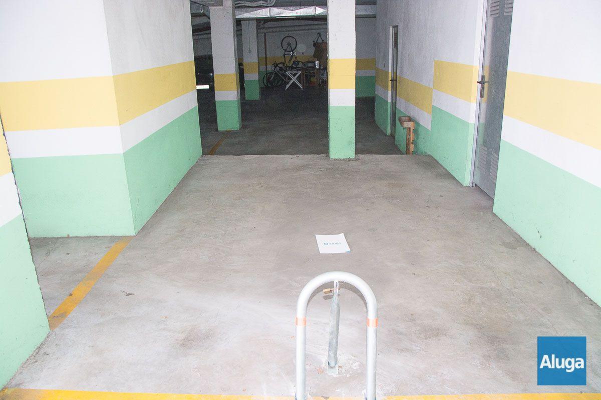 Plaza de parking en venta en Cangas
