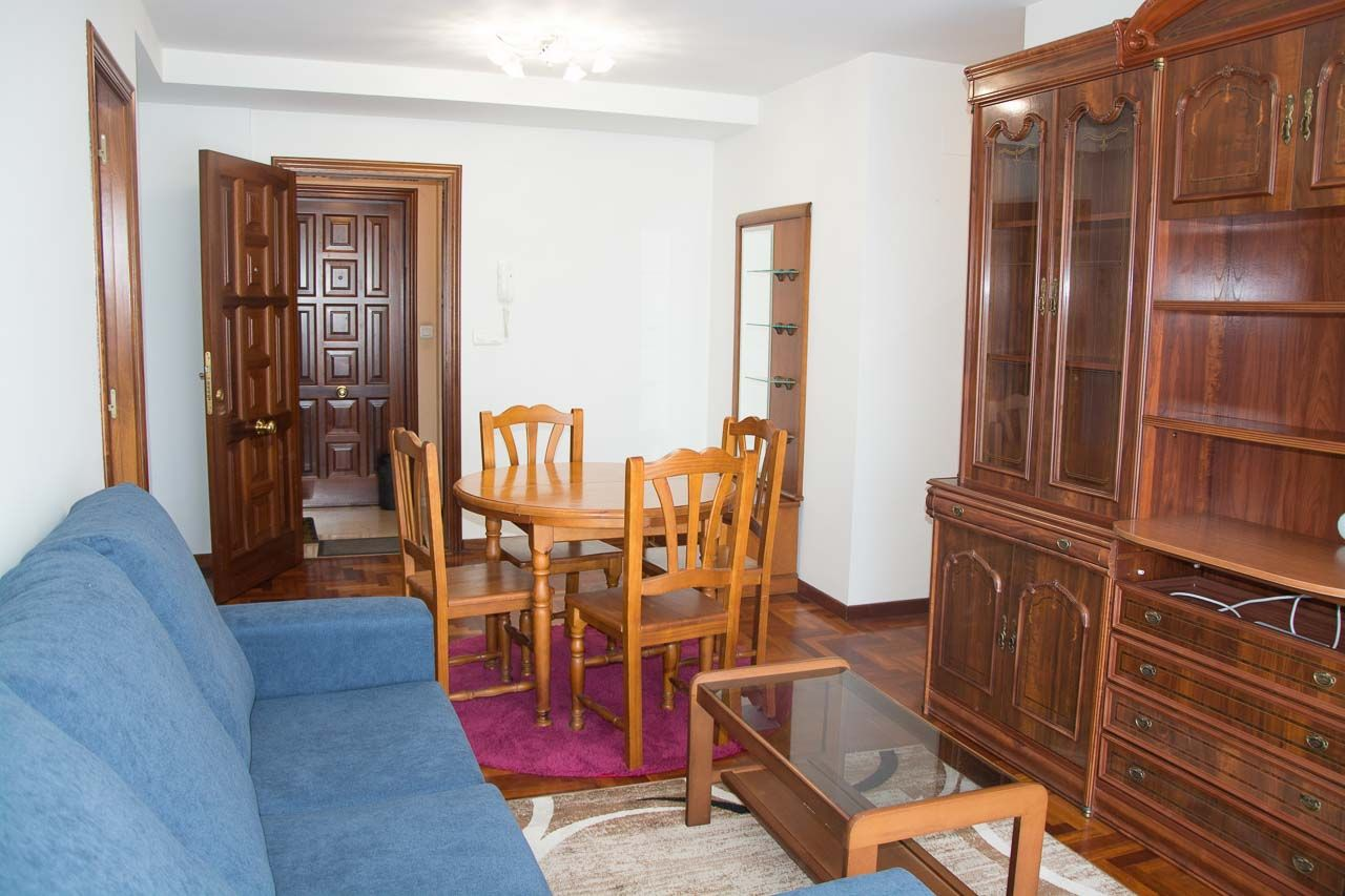 Apartamento en Cangas de Morrazo, Comercial, alquiler