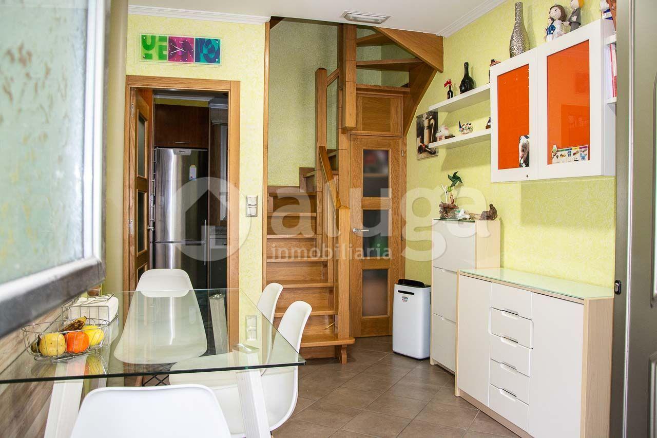 Casa / Chalet en Cangas de Morrazo, Centro, venta