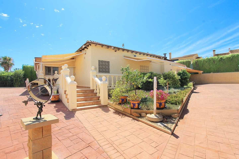 Casa / Chalet en La Nucia, venta