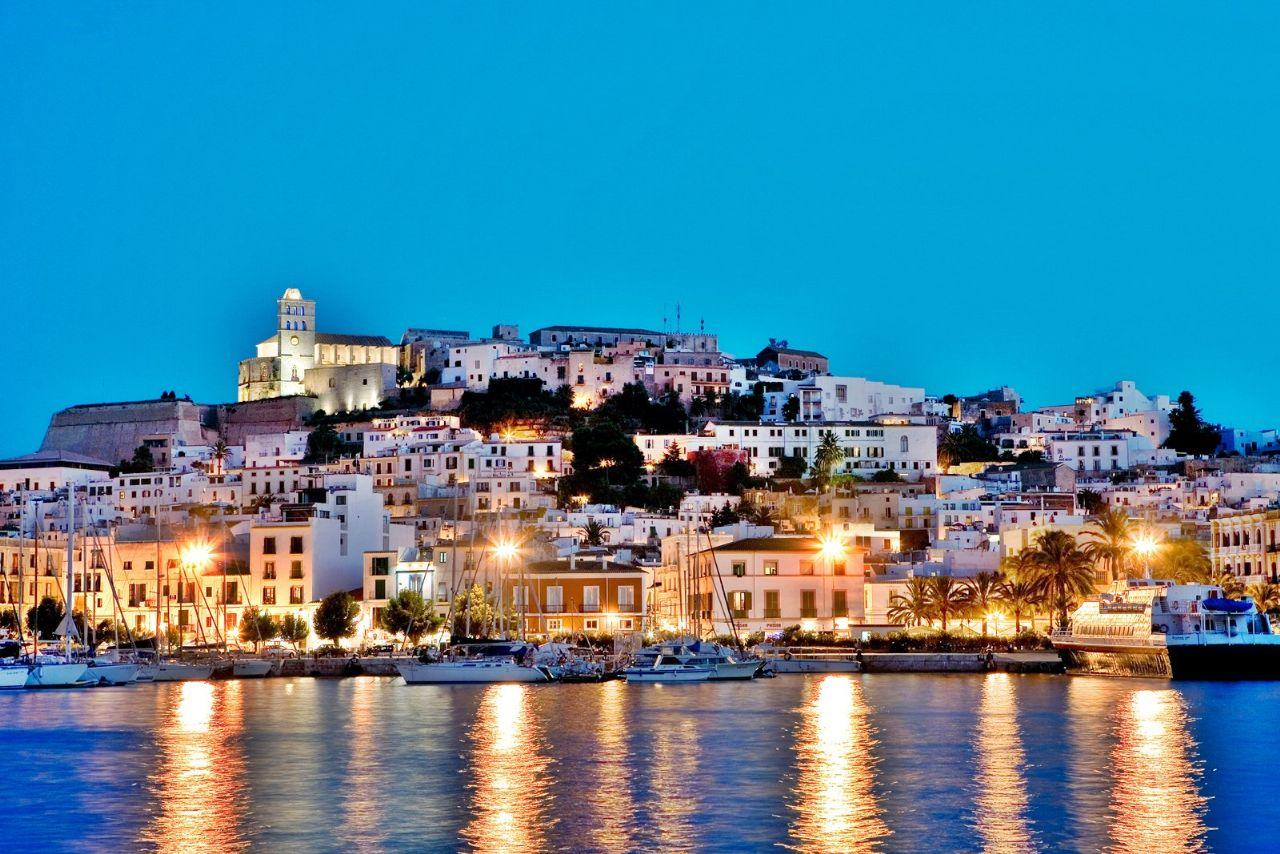 Вилла в Ibiza, Marina Botafoch, продажа