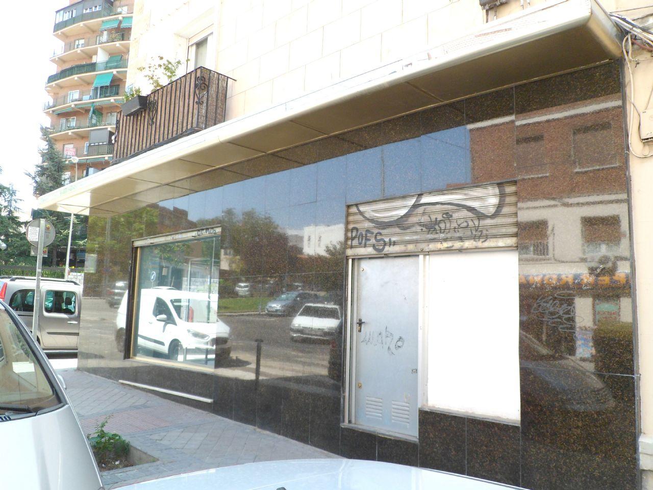 Local comercial en Madrid, Ventas / El Carmen, venta