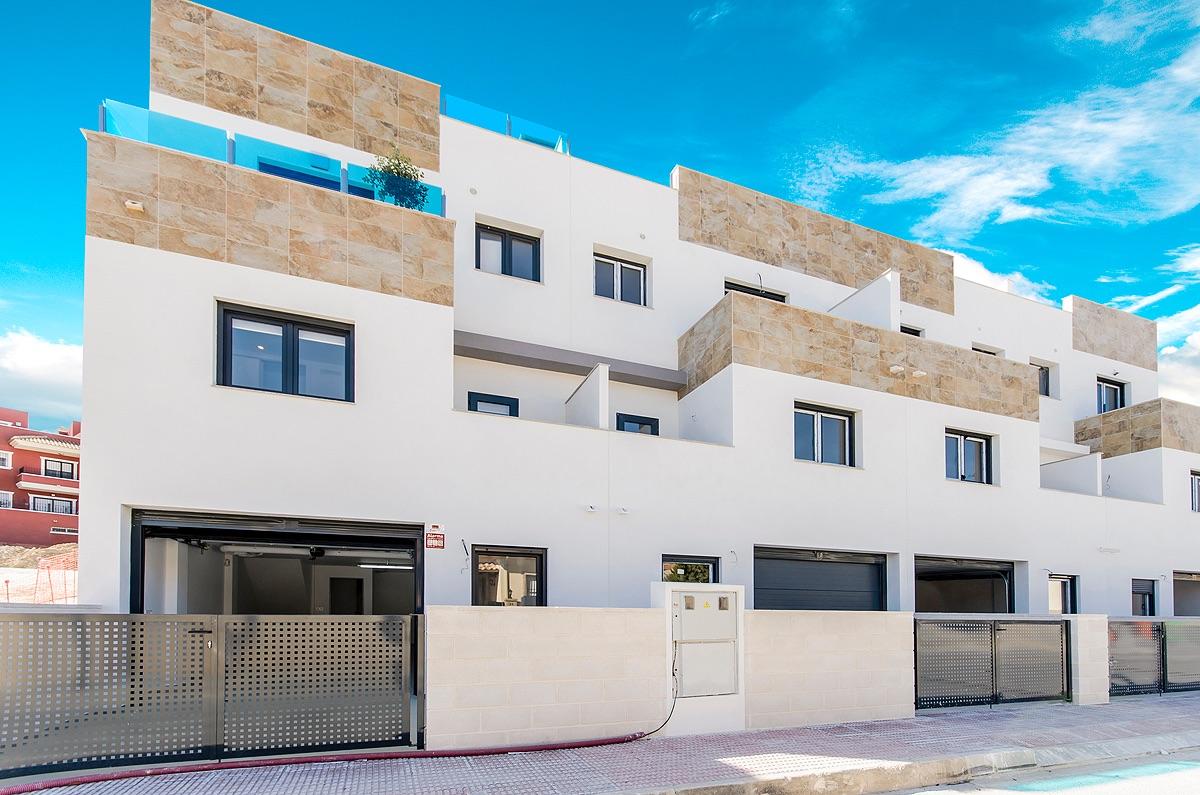 Casa adosada en Bigastro, La Pedrera, venta