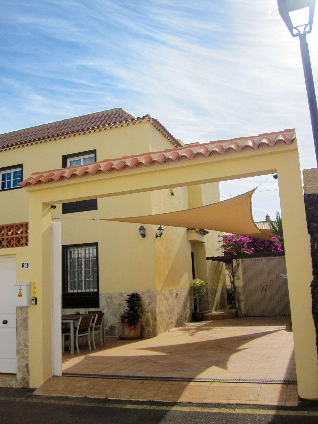 Villa in Costa del Silencio, Costa del Silencio, for sale