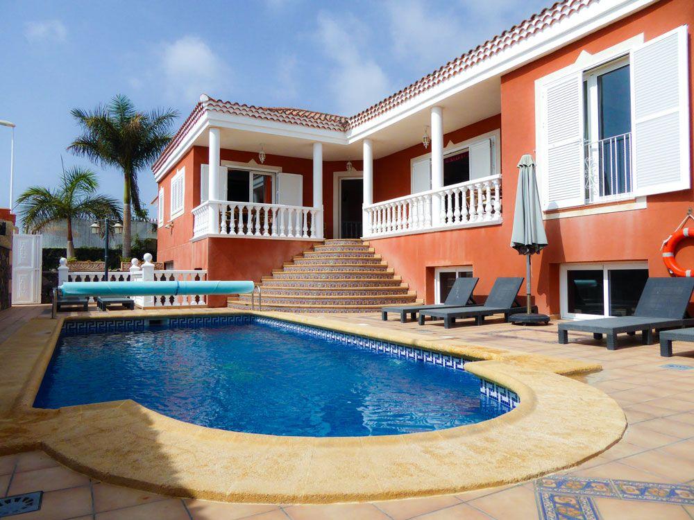 Luxury Villa in Callao Salvaje, for sale