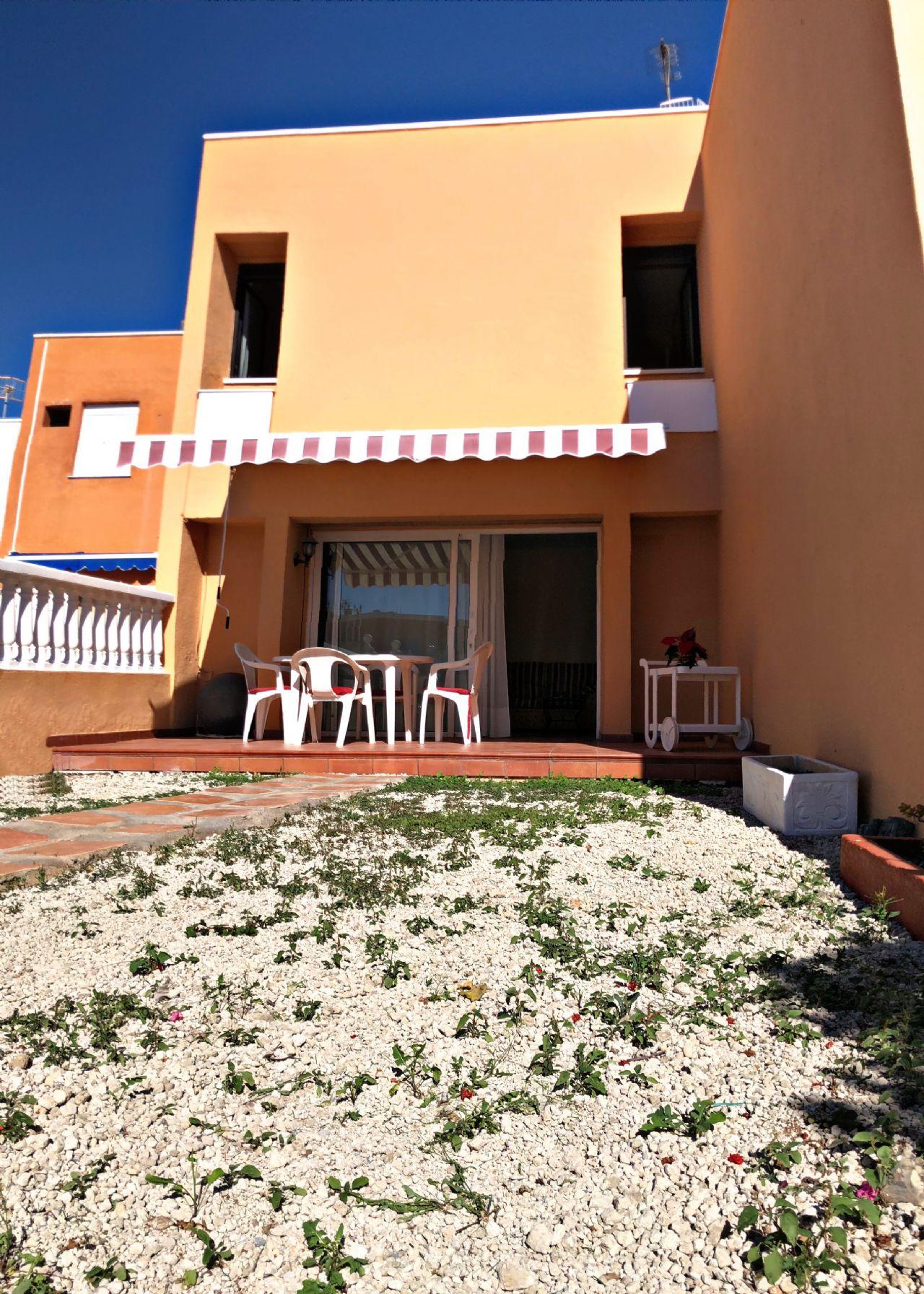 Casa adosada en El Médano, La Tejita, venta