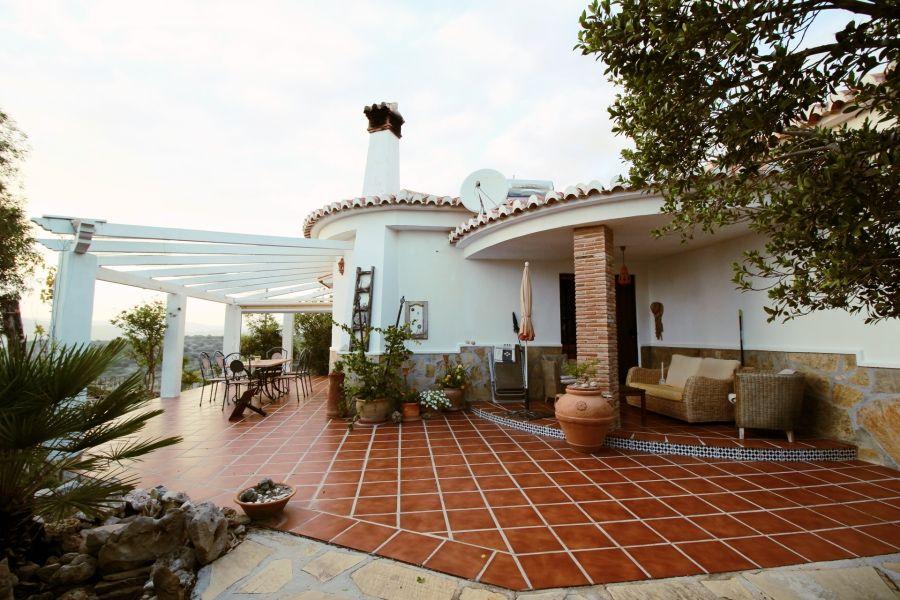 Casa de campo en Canillas de Aceituno, venta