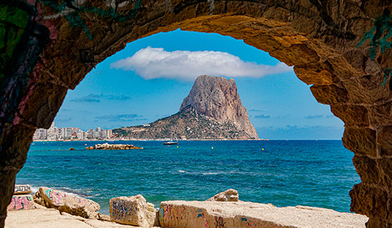 Living in Calpe: why it is the most popular option for a second residence