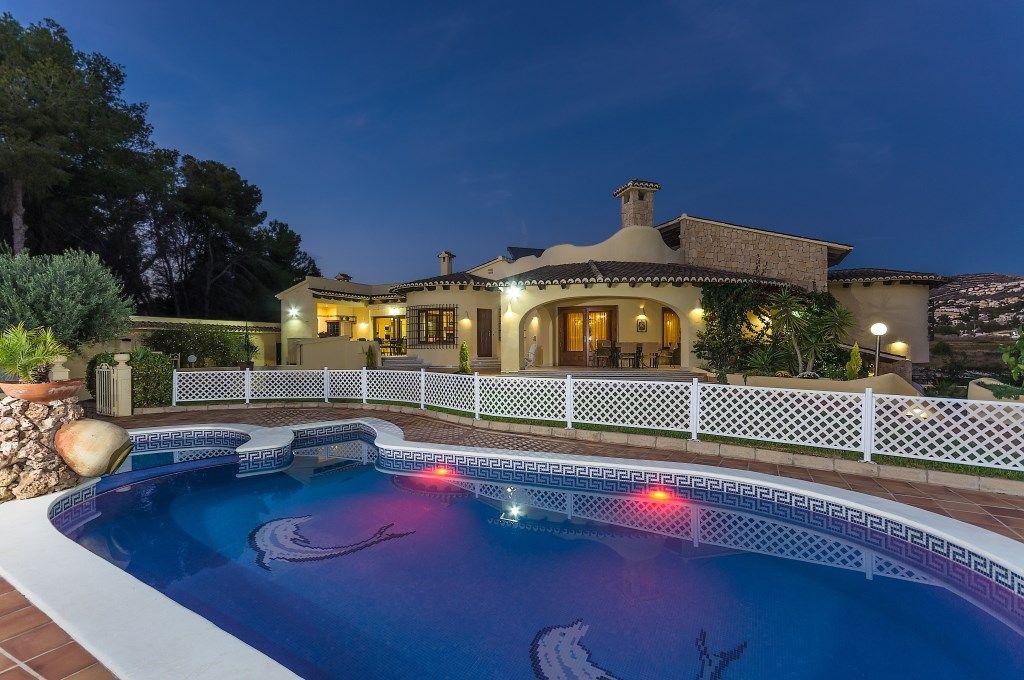 Villa in Moraira, El Portet, for sale