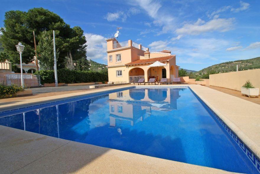 Casa / Chalet en Calpe / Calp, El Almendro, venta