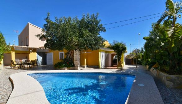 Villa in Calpe / Calp, Benicolada, for sale