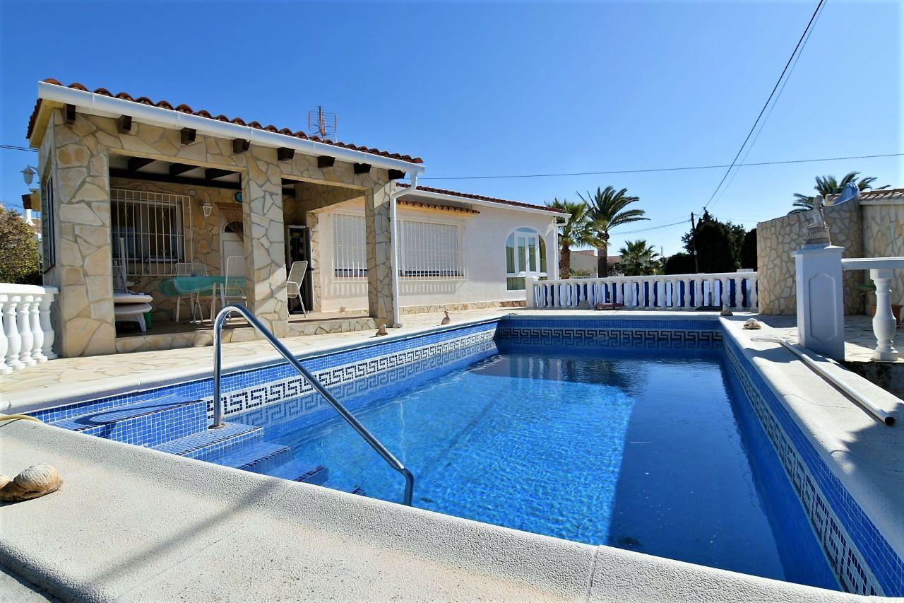 Villa in Calp / Calpe, Carrio Alto, te koop